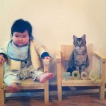 Petite fille avec chat